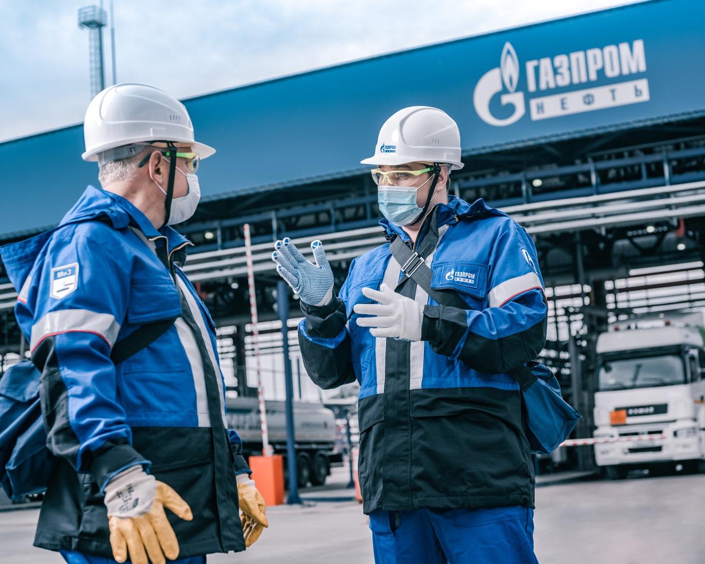 «Газпром нефть» планирует обсудить корректировку демпфера