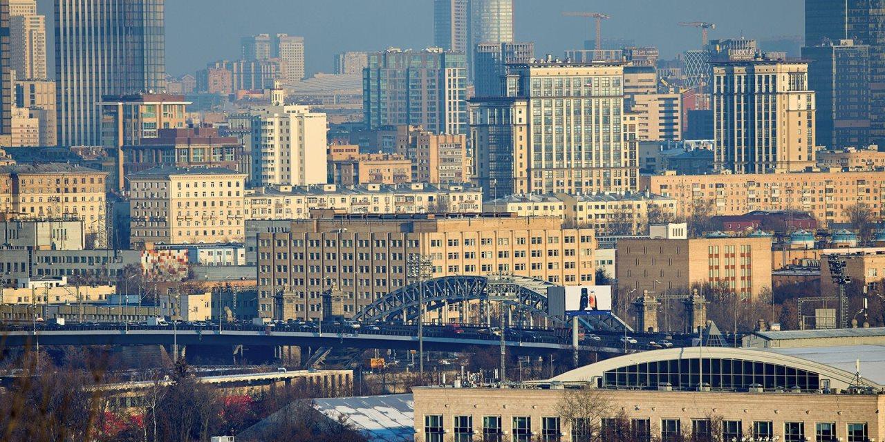С 14 апреля можно оформить пропуск в Москву на грузовики от 3,5 тонн