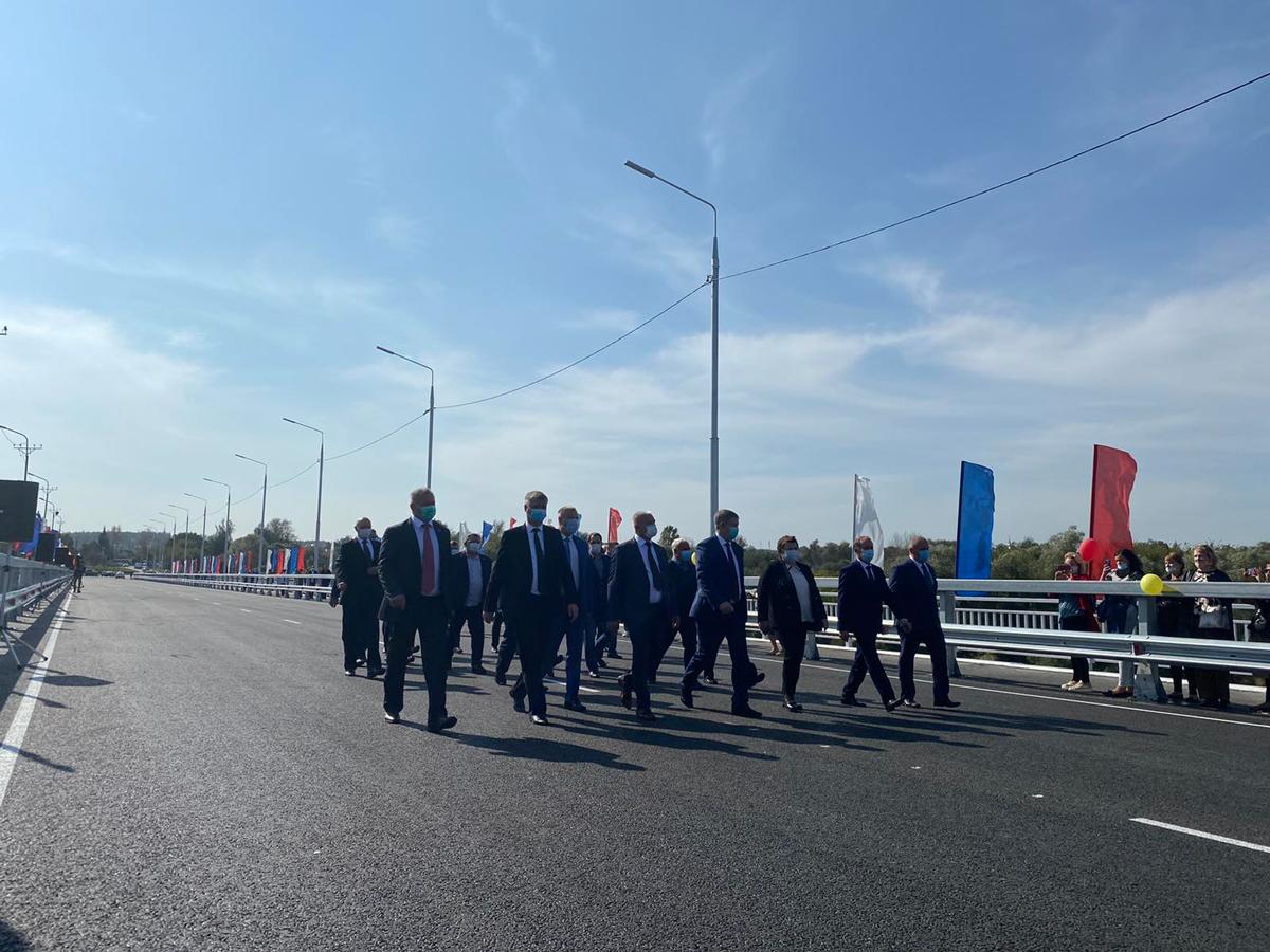 Строительство Литейного моста в Брянске завершили на год раньше плана