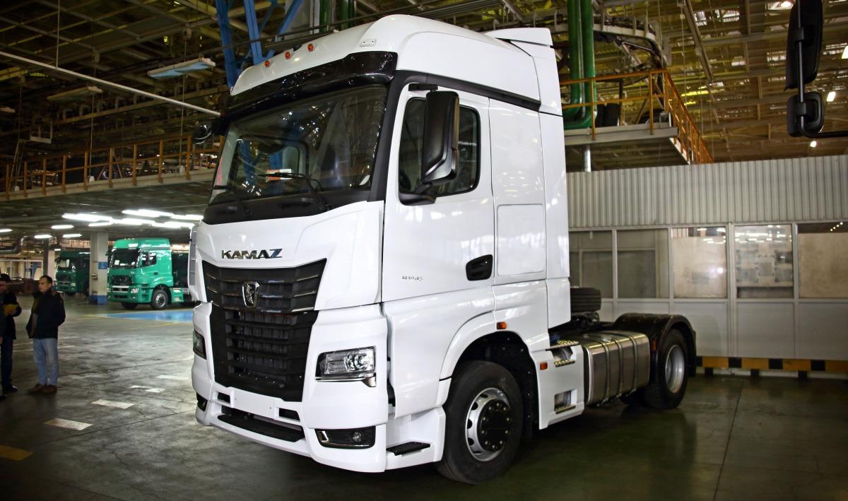 «КамАЗ» запустил продажи флагманской модели грузовиков нового поколения K-5