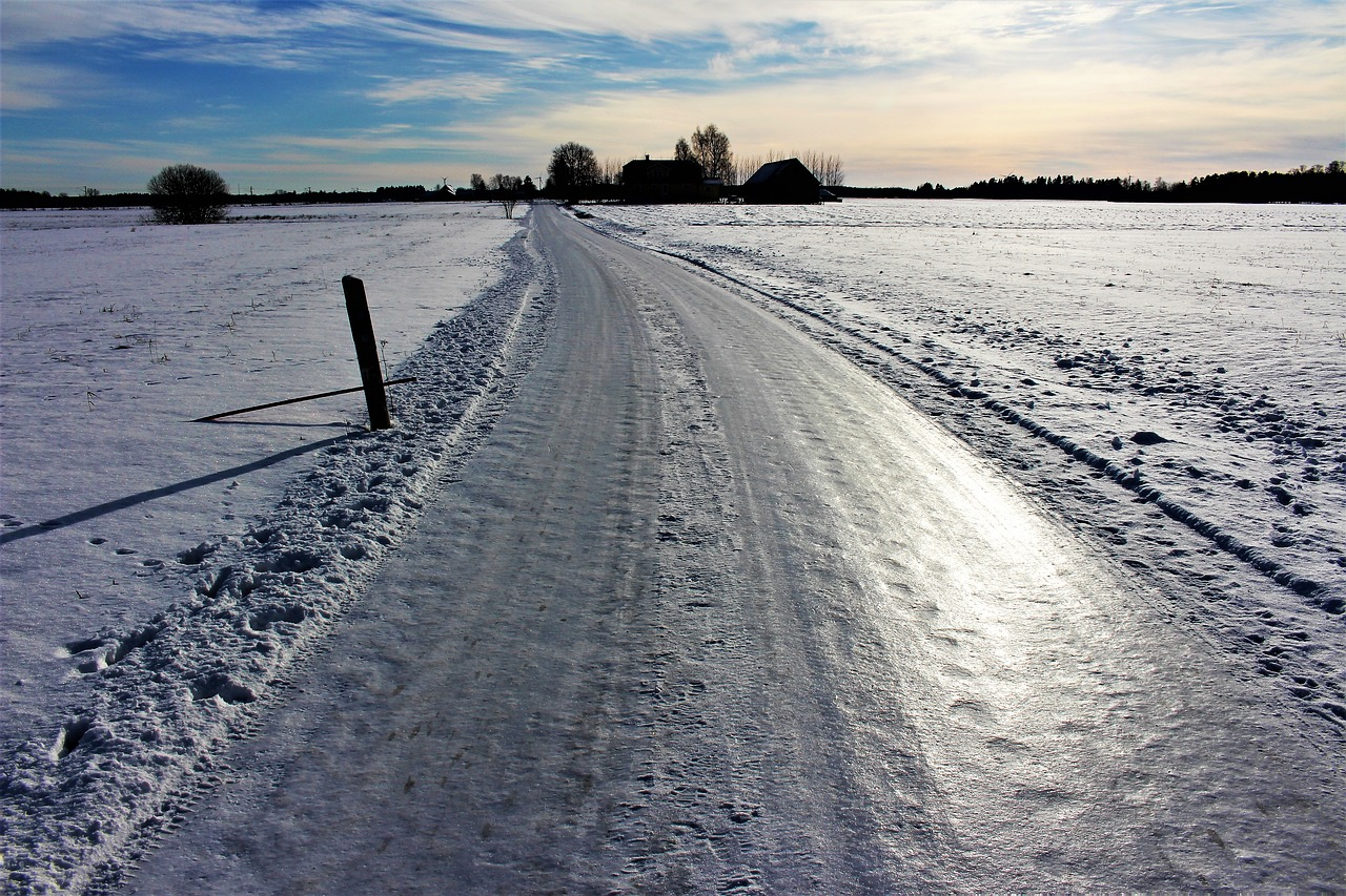 На Крайнем Севере смогут строить платные дороги без бесплатных дублеров