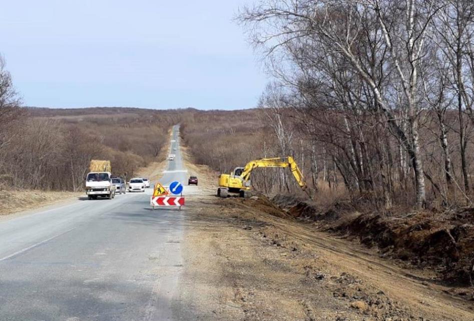 В Приморском крае выполнили план по ремонту дорог на 2020 год