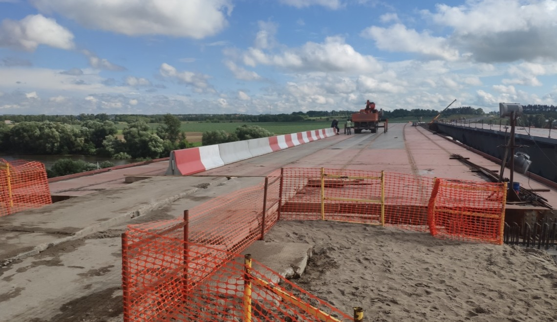 По мосту через Москва-реку на ЦКАД-4 обеспечили технологический проезд