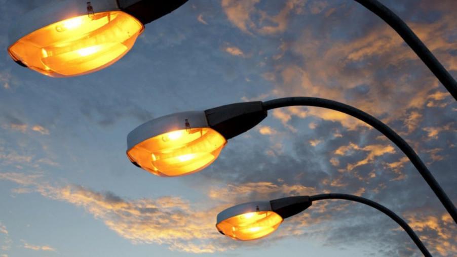 Наружное освещение дорог установят в трех районах Карачаево-Черкесии