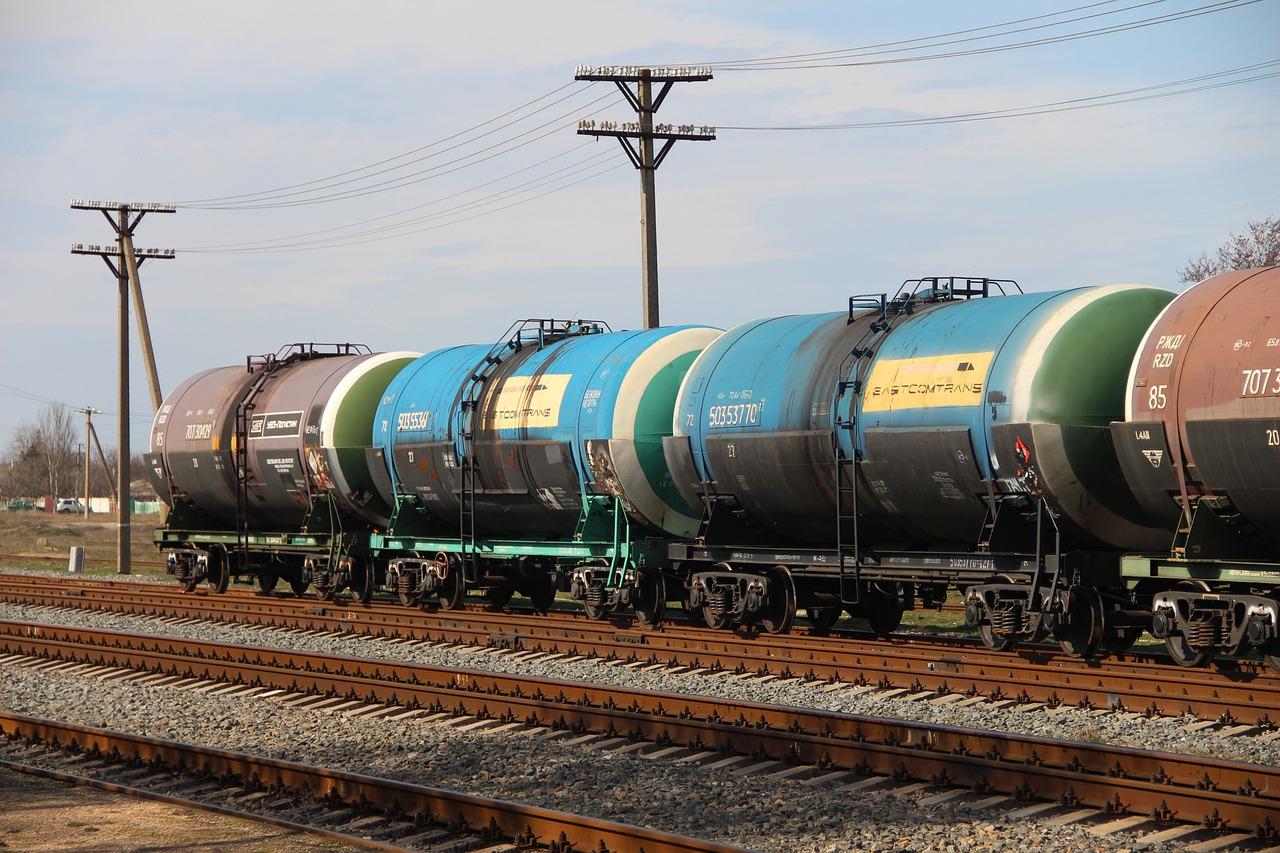 Минфин не поддержал досрочной отмены запрета на импорт топлива