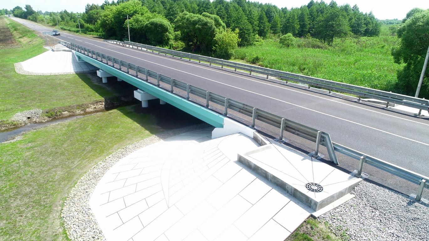 На трассе А-142 капитально отремонтировали мост через ручей Романовский