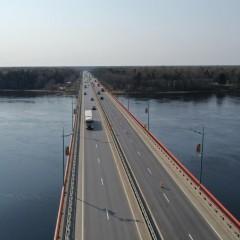 Ладожский мост снова разведут в ночное время
