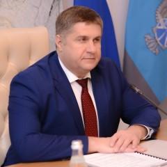 Романа Новикова утвердили на пост главы Росавтодора