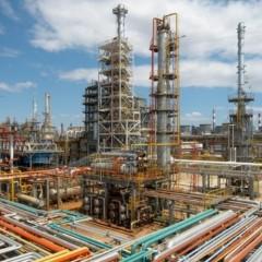 Рост цен на топливо снова объясняют чередой ремонтов на НПЗ