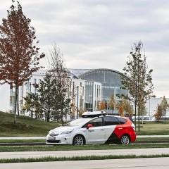 Тестирование полностью беспилотных автомобилей начнется в 2021 году