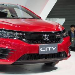 Honda начинает продажи автомобилей с третьим уровнем автоматизации