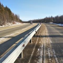На трассе «Амур» в Забайкальском крае впервые установили барьерное ограждение