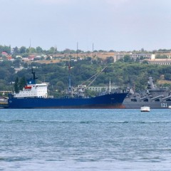 Морской порт оставят пока в собственности Севастополя