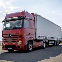 В Россию поставили первый тягач Mercedes Actros без боковых зеркал