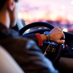 Самые большие зарплаты водителям предлагают в Москве и Санкт-Петербурге