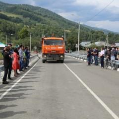 В Республике Алтай открыли новый мост через реку Чарыш