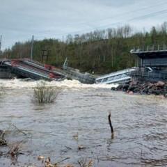 Обрушение моста под Мурманском остановило 46 грузовых поездов