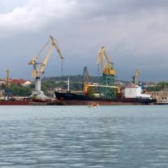 Севастополь может отказаться от передачи морпорта в федеральную собственность
