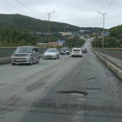 Дороги Владивостока, Ярославля и Смоленска признали худшими в стране