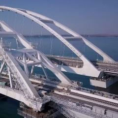 Строители в сентябре приступят к монтажу автоматики на ж/д части Крымского моста