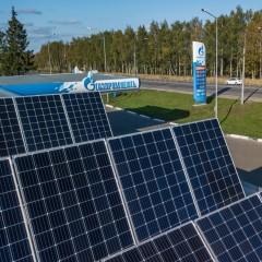 «Газпром нефть» открыла первую АЗС на солнечных батареях