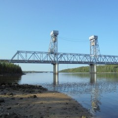 Мост через реку Свирь на трассе Р-21 «Кола»