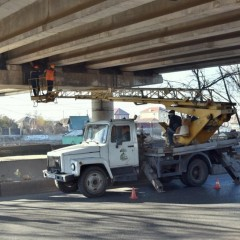 С 21 ноября в Астрахани ограничат движение по мосту через реку Царев