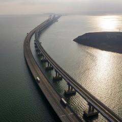 Власти Крыма обещают снижение цен после запуска грузовых поездов по Крымскому мосту