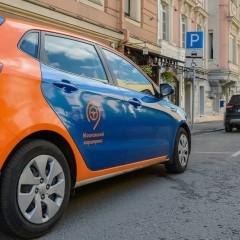 В Москве алкозамки могут установить на машины каршеринга и такси