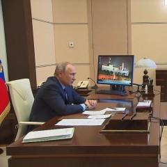 Президент поручил разработать меры поддержки автомобильной промышленности и рынка