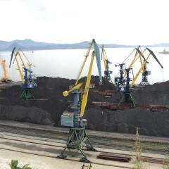 В Находке ограничат движение грузовиков с углем