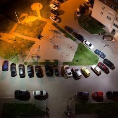Юридическим лицам и ИП запретили парковаться во дворах