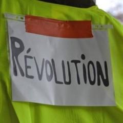 Во Франции водители грузовиков объявили забастовку и блокируют дороги