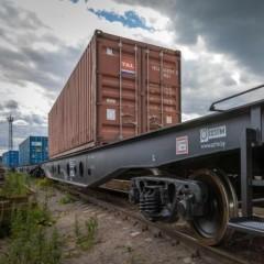 подписал закон о смягчении штрафов для РЖД за просрочку доставки грузов