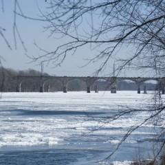 Якутия представила инвестпроекты по строительству судоверфи и моста через Лену