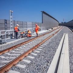 На Крымском мосту начали устанавливать автоматику контроля движения поездов