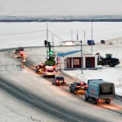 На ледовой переправе «Салехард-Лабытнанги» в ЯНАО открыли вторую полосу