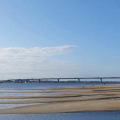 Мост через Пур в ЯНАО соединил берега реки