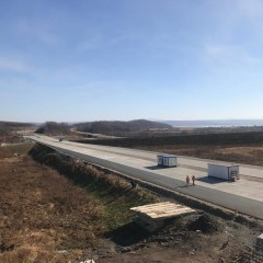 До конца года откроют путепровод на новой трассе «Владивосток-порт Восточный»
