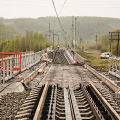 РЖД организовали доставку грузов в Мурманск автотранспортом