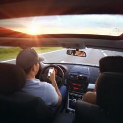 Использование мобильных телефонов за рулем начнут фиксировать с помощью камер