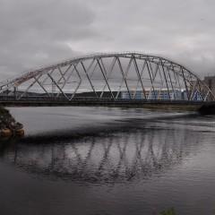 Проезд по мосту через реку Тулома в Мурманской области на трассе «Кола» закроют для большегрузов